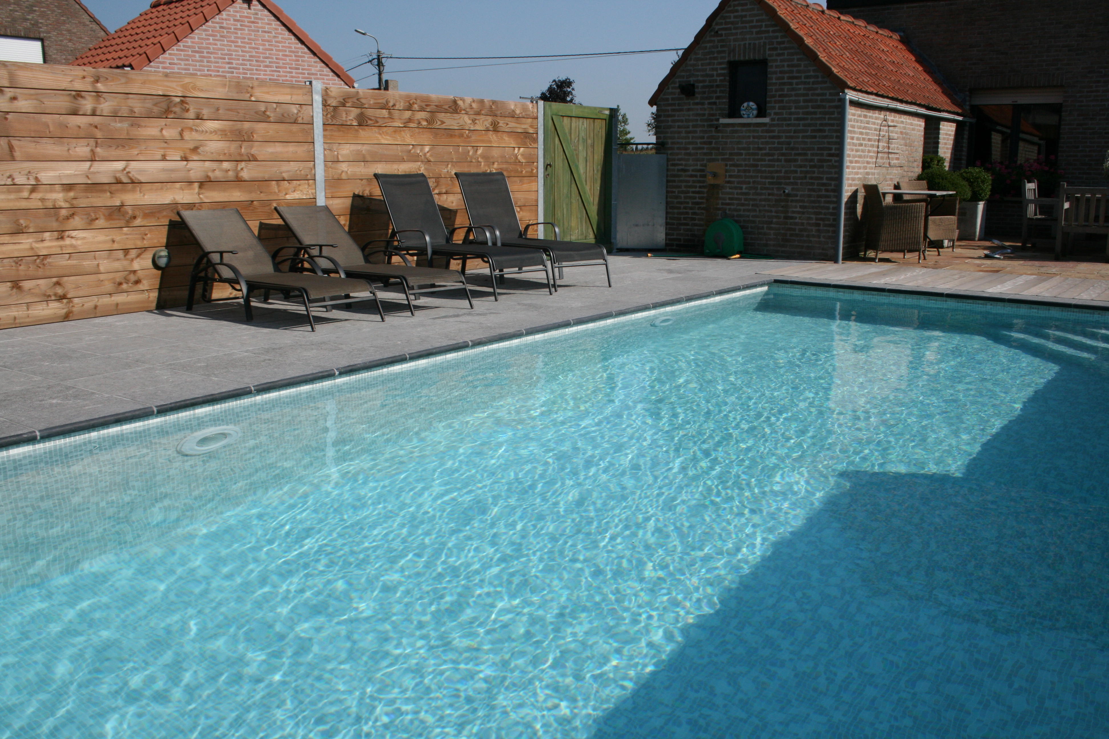 Zwembad toebehoren for Goedkoop inbouw zwembad